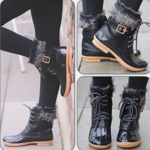 Black Furry Cuff Duck Rain Boots